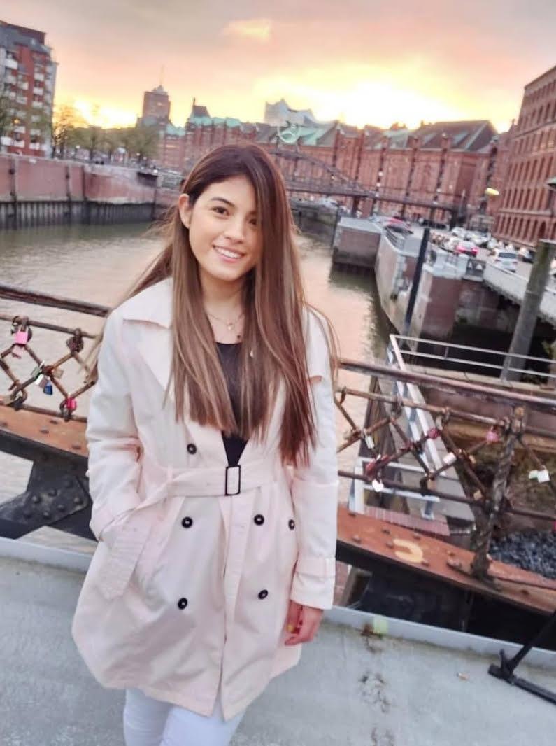 Karime Flores estudiante de AC inglés